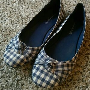 American Eagle By Payless Blue Gingham Flats